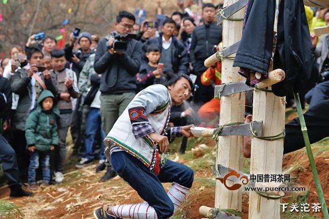 共襄民族文化,下关沱茶在路上!