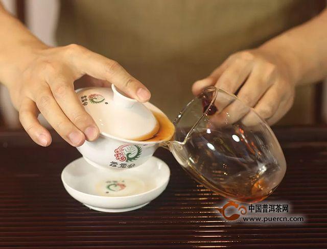 """档案【澜沧】谷法制""""大发酵系统技术""""诠释熟茶""""澜沧味"""""""
