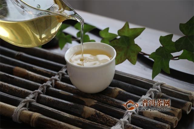 普洱生熟茶有哪些区别所在,哪个更好呢?