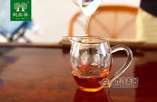 彩农茶:朱颜该在易武红