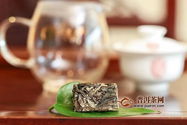 同一款茶,为什么110ml盖碗需投茶7g,360ml大杯只需2.5g?